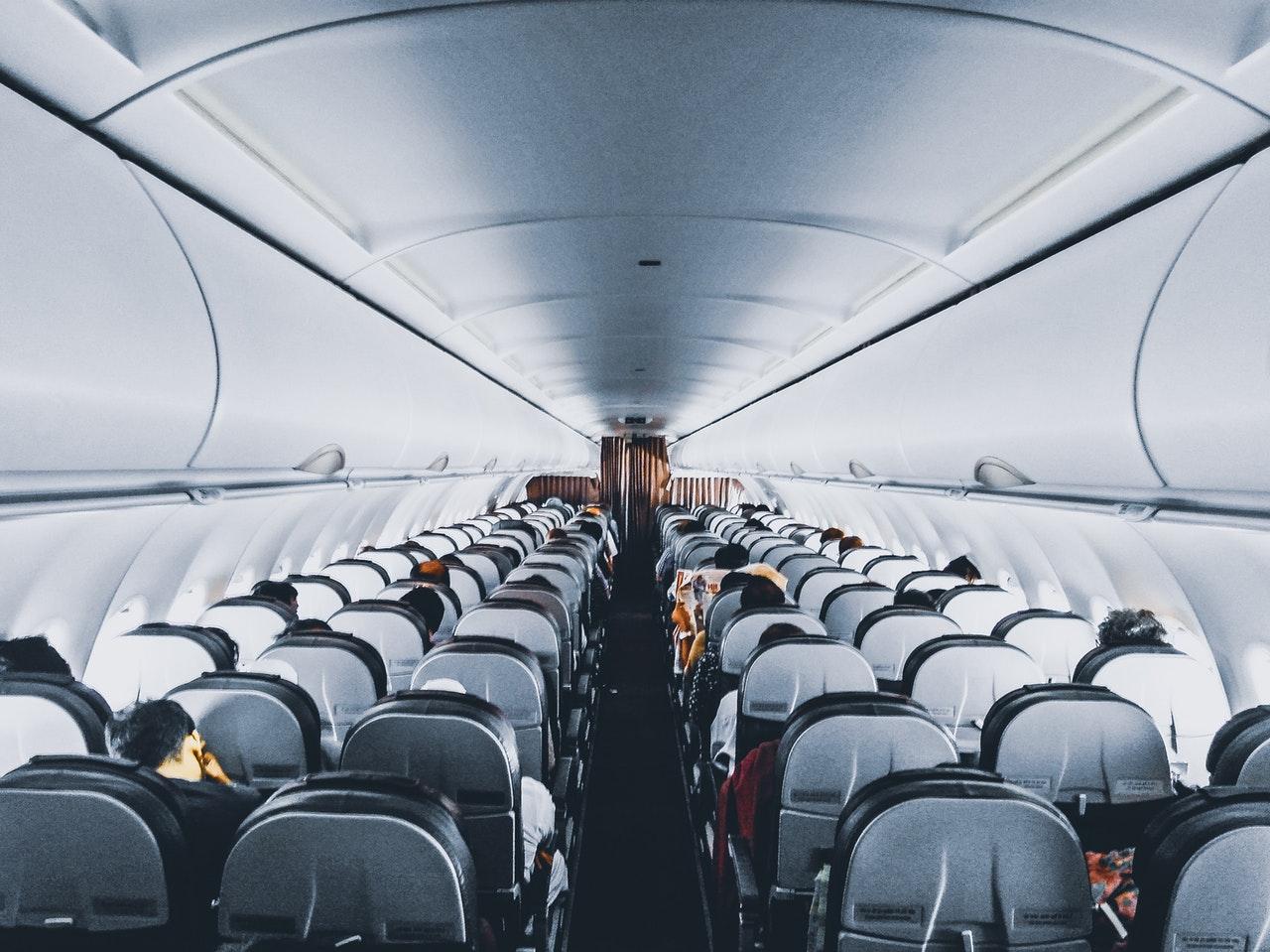 Voyager en avion avec des enfants